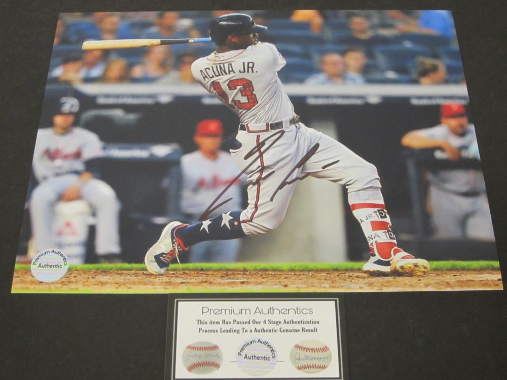 Ronald Acuna Jr Atlanta Braves Signed Autographed 8x10 photo Certified Coa