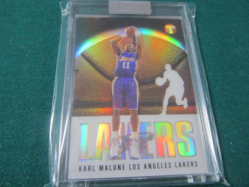 2003 TOPPS BASKETBALL KARL MALONE UNCIRCULATED REFRACTOR SEALED CARD 132/149