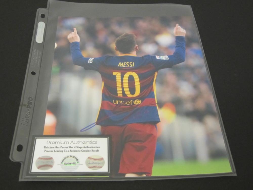 MESSI SIGNED AUTOGRAPHED SOCCER 8X10 COA