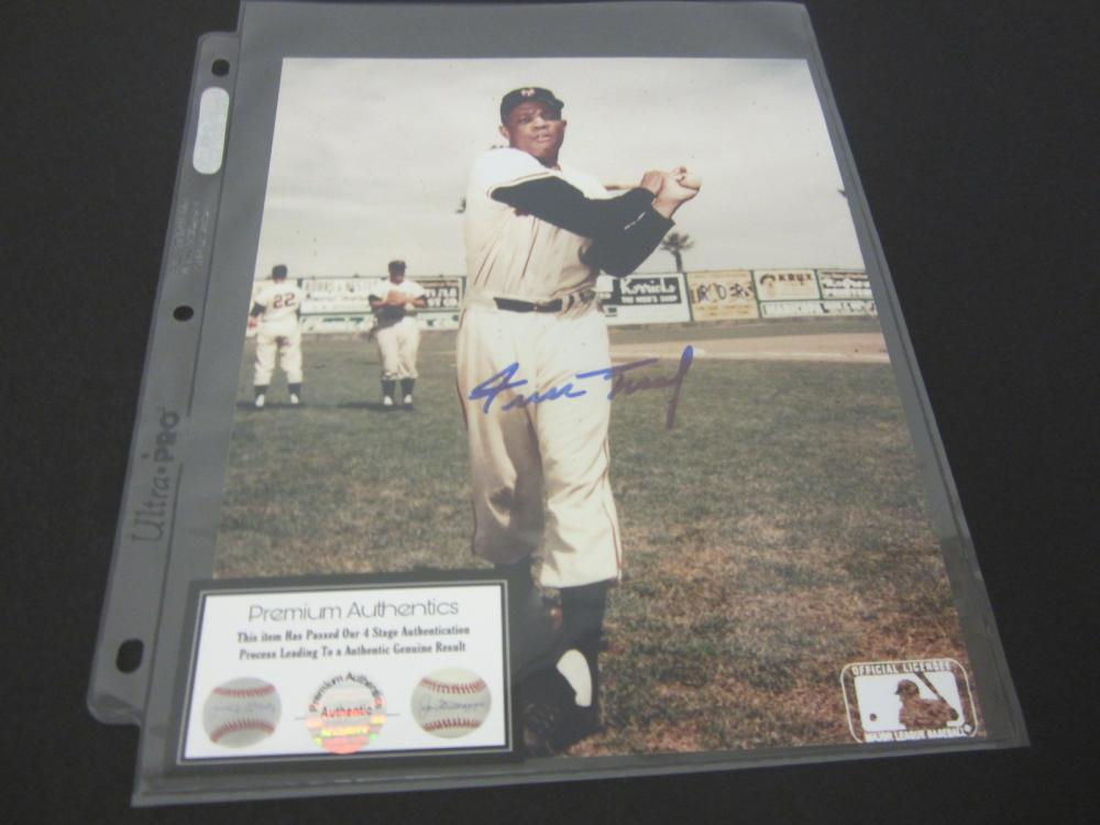 WILLIE MAYS SIGNED AUTOGRAPHED GIANTS 8X10 COA