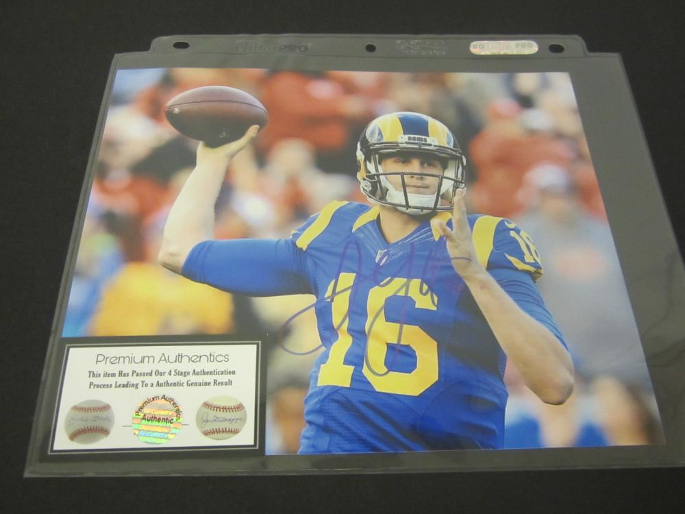 JARED GOFF SIGNED AUTOGRAPHED RAMS 8X10 COA