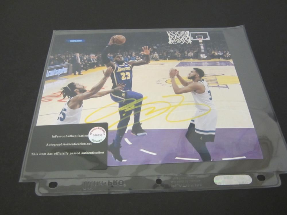 LEBRON JAMES SIGNED AUTOGRAPHED LAKERS 8X10 COA
