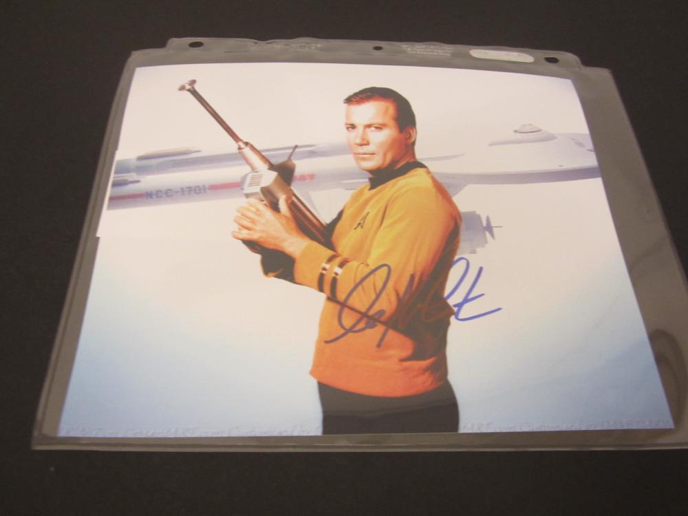 WILLIAM SHATNER SIGNED AUTOGRAPHED 8X10 COA