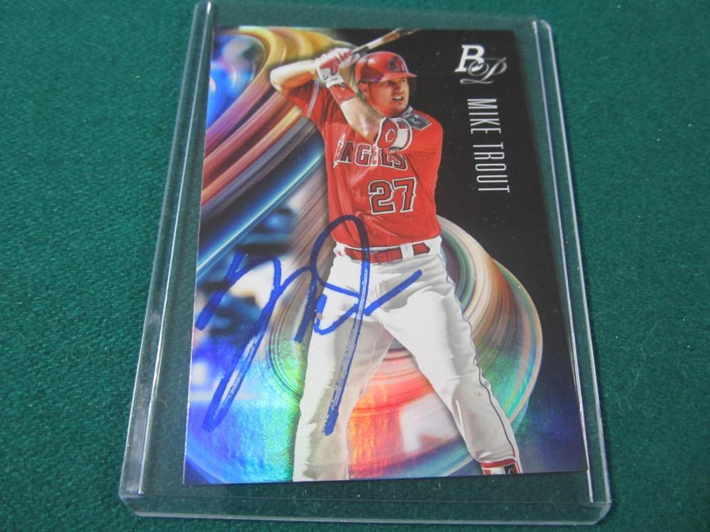 MIKE TROUT SIGNED AUTOGRAPHED ANGELS CARD COA