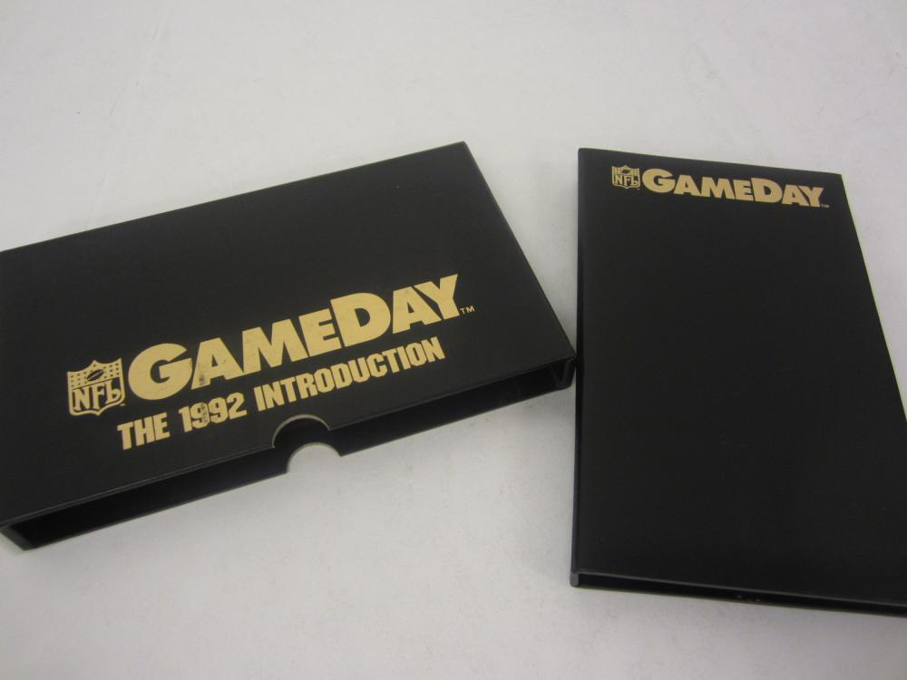 1992 GAME DAY FOOTBALL INTRODUCTION SET COMPLETE