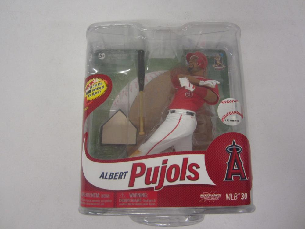 ALBERT PUJOLS MCFARLANE CARDINALS FIGURE SEALED