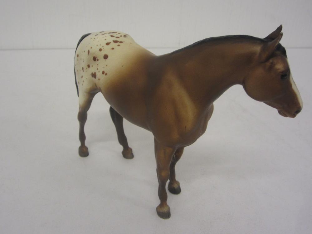 Lot 107: BREYER MOLDING CO. HORSE FIGURE