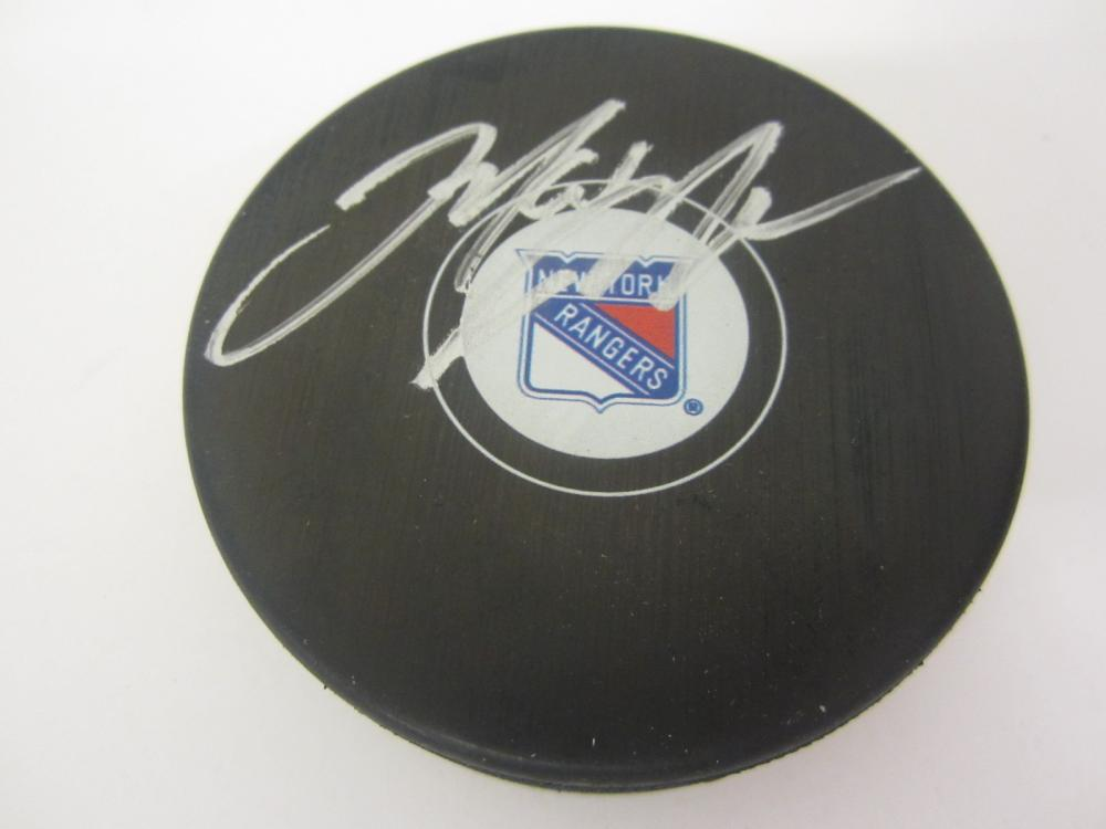 MARK MESSIER SIGNED AUTOGRAPHED RANGERS HOCKEY PUCK COA