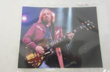 TOM PETTY SIGNED AUTOGRAPHED 8X10 PHOTO CERTIFIED COA