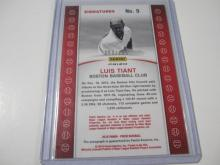 Lot 188: 2015 PANINI BASEBALL LUIS TIANT SIGNED AUTOGRAPHED REDSOX CARD 53/199