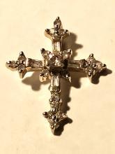 14K GOLD 0.65 TCW SI2, H diamonds cross pendant.