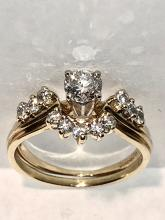 BEAUTIFUL 14K GOLD 1.0 TCW SI2, G COLOR SOLITAIRE DIAMOND ENGAGEMENT RING.