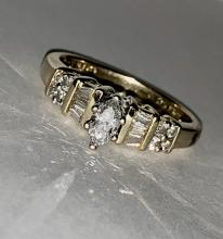 KAY'S 14K GOLD 0.50 TCW SI3, H COLOR MARQUISE DIAMONDS ENGAGEMENT RING.