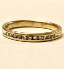 MEN'S 14k gold 0.33 TCW SI1, G COLOR DIAMONDS WEDDING BAND.
