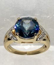 EXQUISITE 14K GOLD 3.0 CT SOLITAIRE ROUND MYSTIC TOPAZ AND DIAMONDS COCKTAIL RING.