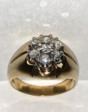 MEN'S 14K GOLD 1.32 TCW SI2, H COLOR DIAMONDS RING.