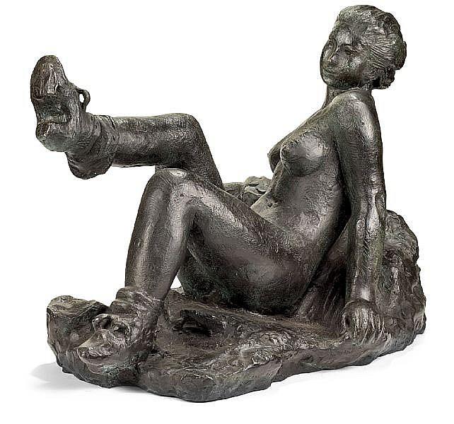 Gerhard Henning: Seated girl. Signed Gerhard Henning 1936. Bronze. H. 41 cm. L. 58 cm.