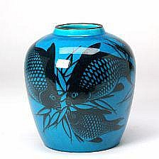 Nils Thorsson : Stoneware vase decorated with fish