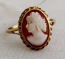 A Gold Mounted Cameo Ring