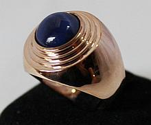 An Rose Gold Star Sapphire Set Dress Ring
