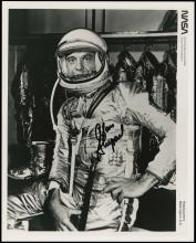 1961 ALAN SHEPARD SIGNED MERCURY SPACESUIT PHOTO