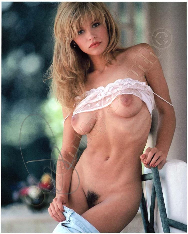 pamela anderson at superior pic
