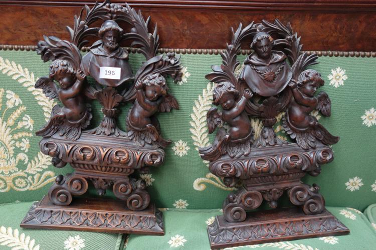 Deux appliques murales en bois naturel de deux bustes de moi for Appliques murales en bois