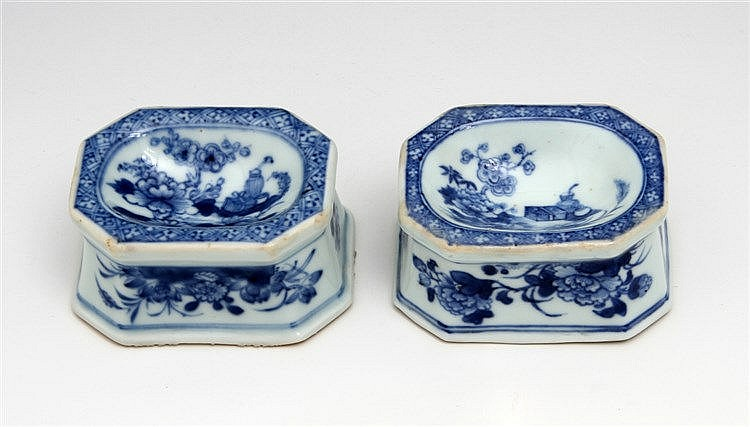 PAIR OF EIGHT-SIDED SALT CELLARS