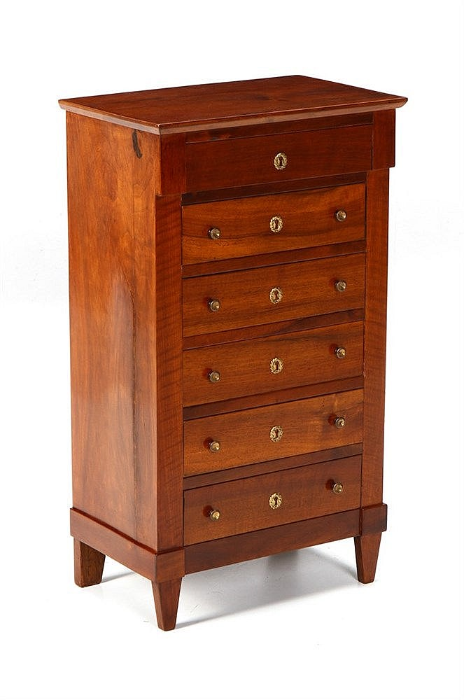 LARGE TALL COMMODE