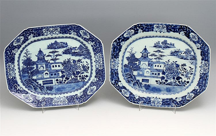 PAIR OF LARGE LONG PLATES