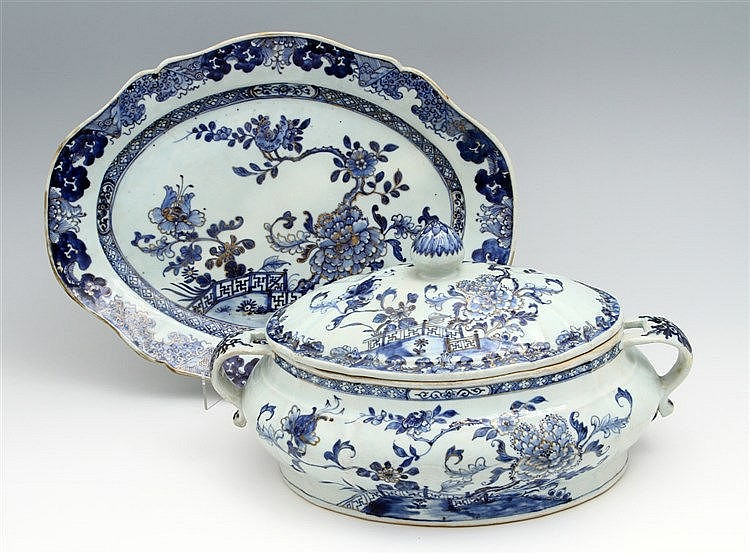 TUREEN WITH A LID AND A LONG PLATE