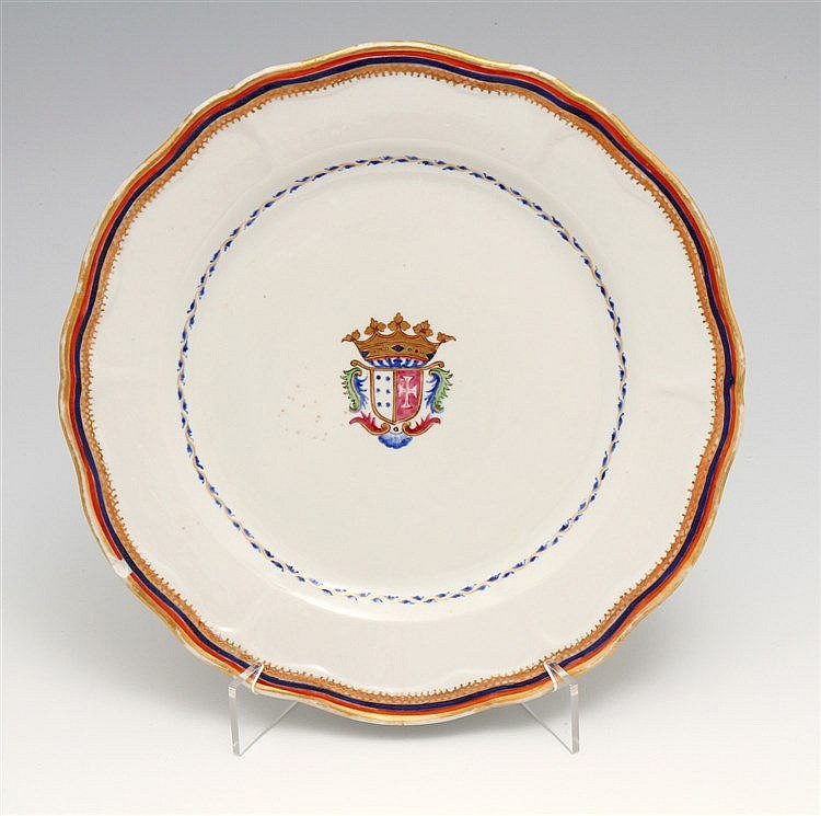 PLATE WITH A COAT OF ARMS