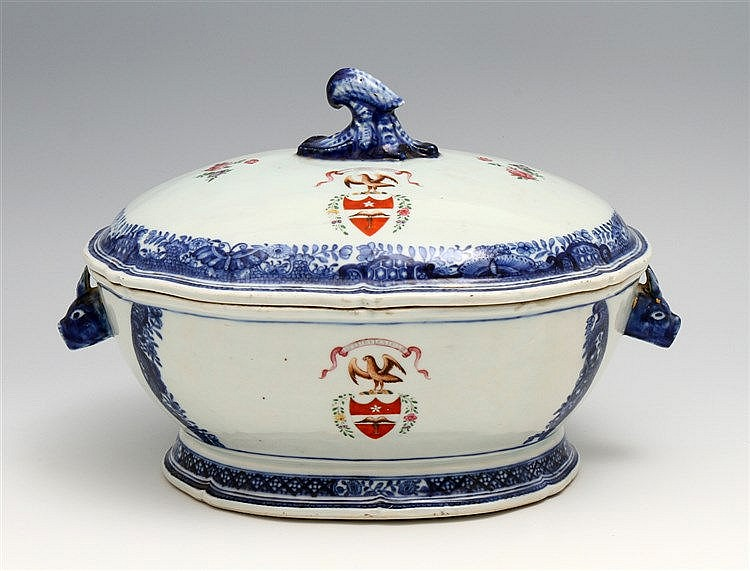 TUREEN WITH COAT OF ARMS WITH A LID