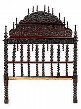 BILROS QUEEN SIZE BED WITH COAT OF ARMS