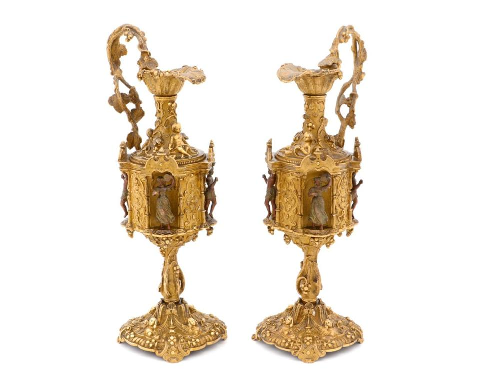 A PAIR OF NAPOLEAON III EWERS