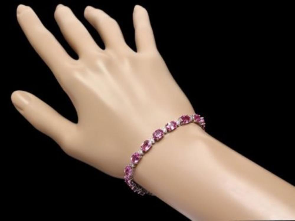 Lot 141: 14K Gold 16.61ct Sapphire 0.69ct Diamond Bracelet