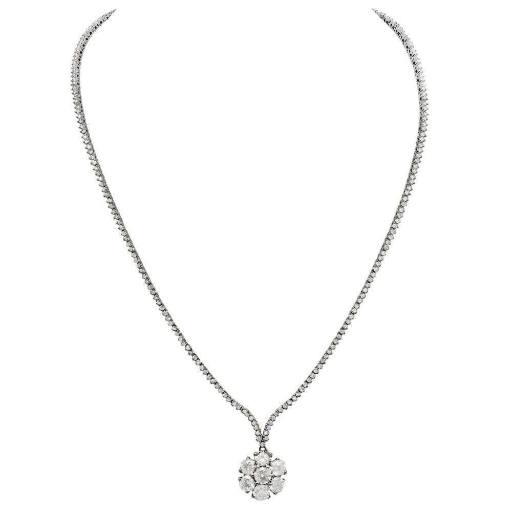 14k White Gold 8.69ct Diamond Necklace