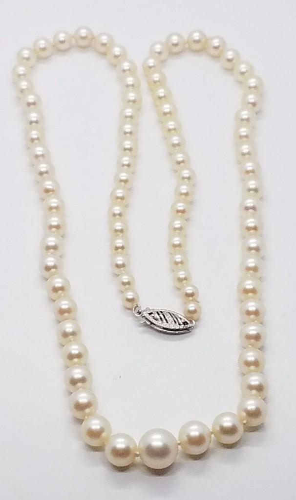 Vintage 14k white gold graduated pearl ladies necklace for Jewelry stores bluffton sc