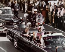 John F. Kennedy & Jackie In Dallas Motorcade Assassination - 8x10 Photo