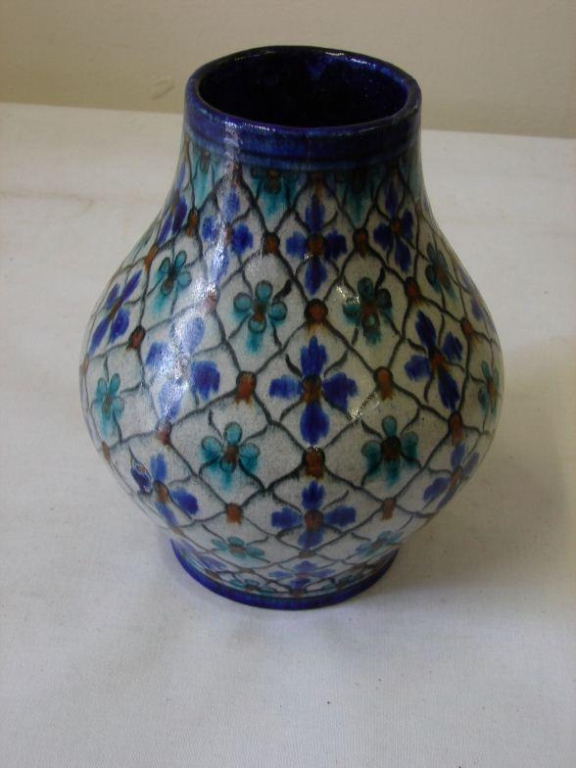 Early 20thc Arts & Crafts Persian Iznik Vase