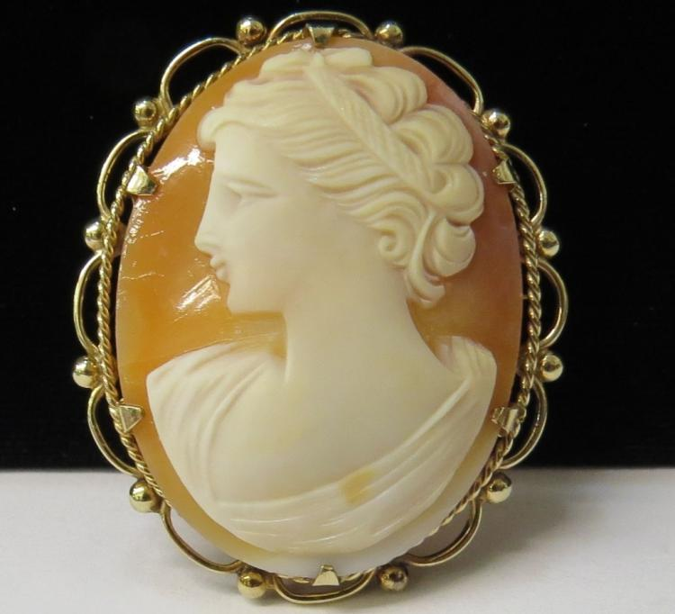 9kt Gold Carved Carnelian Shell Cameo Brooch