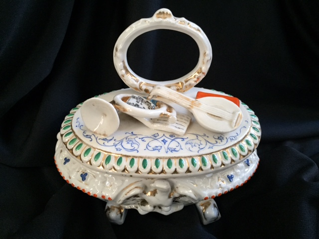 19thc Large Staffordshire Fairing Trinket  Box