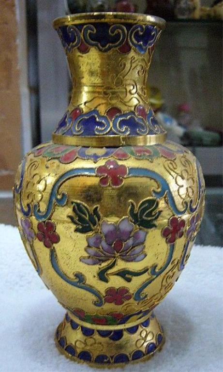 Vintage Chinese Cloisonne Vase