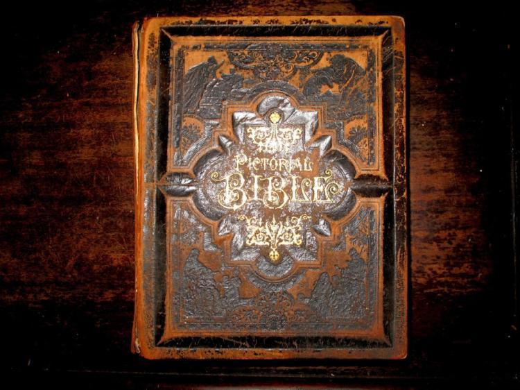 19thc Victorian Family Bible, Memorabilia