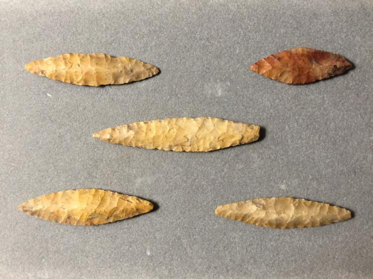 Stone Age Arrowhead Points, Artifacts