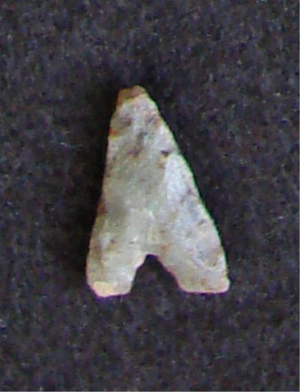 3000-5000 yr old  Neolithic Eiffel Arrowhead Point