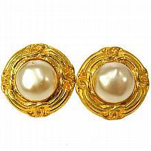 Vintage Chanel Faux Pearl Clip On Earrings