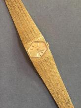 Ladies Vintage Gold Swiss 17 Jewels Wristwatch