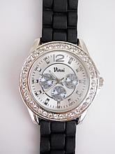 Stunning Unisex Silver Tone Crystal Watch