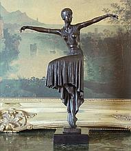 Beautiful Bronze Sculpture Flapper Art Deco